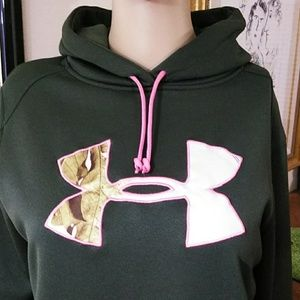 Under Armour, dark green hoodie